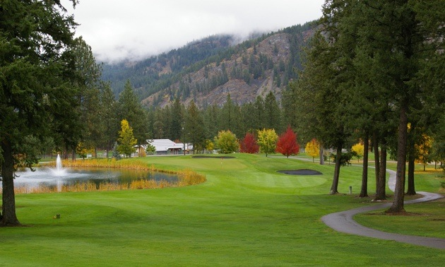 Hole 9 at Christina Lake Golf Club.