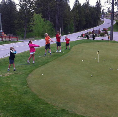 Juniors Practising Chipping at Copper Ppoint Golf Club